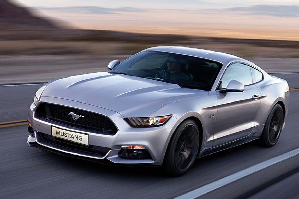 here s how the ford mustang became the iconic muscle car